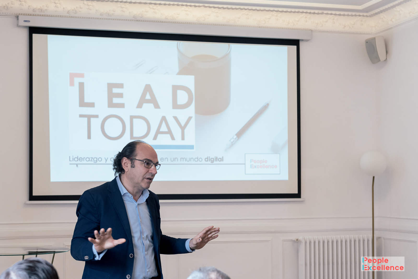LEAD TODAY: LIDERAZGO Y COMUNICACIÓN EN UN MUNDO DIGITAL